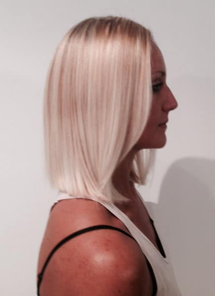 blonde haircut mid length